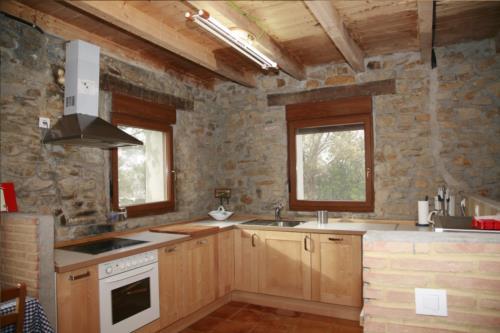 Cocina casa rural Arrizurieta en Bizkaia