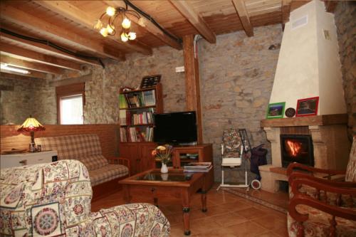 Sala casa rural Arrizurieta en Bizkaia