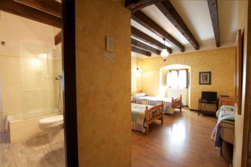 double room 3 farm house guzurtegi in Alava