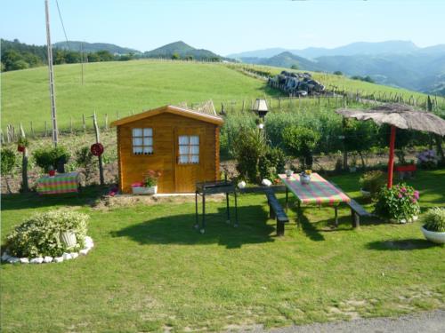jardín agroturismo pagoederraga en gipuzkoa