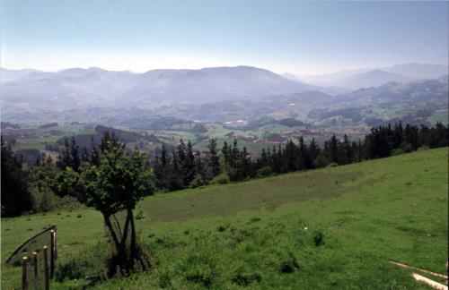 entorno agroturismo saskarate en gipuzkoa