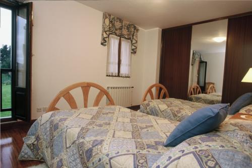 Habitación doble agroturismo Astei en Bizkaia