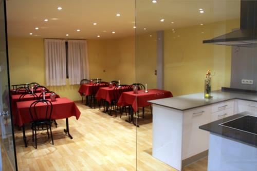 dining room farm house larretxori in Alava