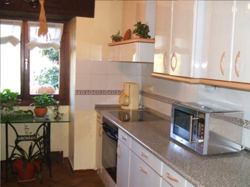 kitchen farm house ugarte in Gipuzkoa