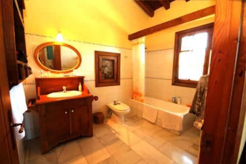 baño casa rural iketxe en gipuzkoa