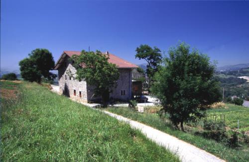 landscape farm house arraspiñe in Gipuzkoa