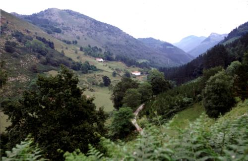 landscape farm house arrasketa in Gipuzkoa