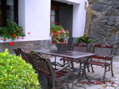 terrace farm house arrasketa in Gipuzkoa